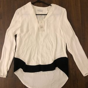 Blouse shirt white w black trim